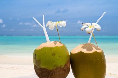 benefícios-da-água-de-coco